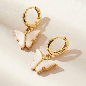 Jewelry - DAINTY BUTTERFLY DROP PENDANT HUGGIE EARRINGS